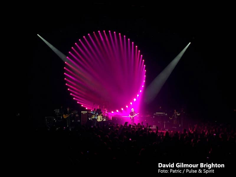 David Gilmour 5.9.2015 Brighton Centre