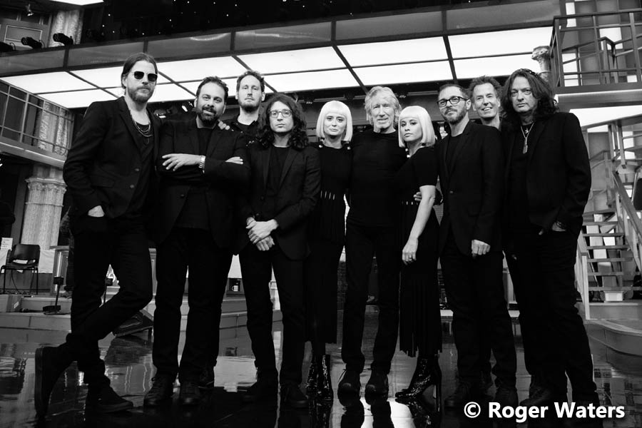 Roger Waters & Band Late Show