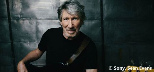 Roger Waters 2017 Promo