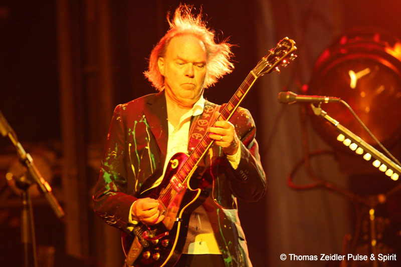 Neil Young 17.8.2008 Wiesen Lovely Days Festival