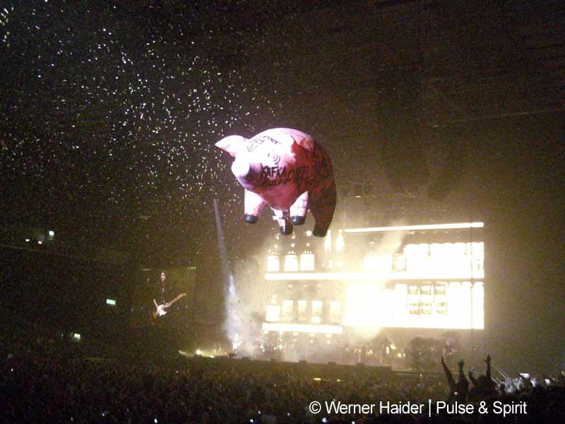 Roger Waters 11.5.2007 London Earls Court