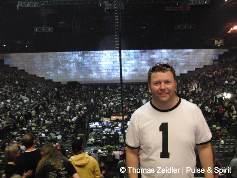 Roger Waters 15.9.2010 Toronto Air Canada Centre
