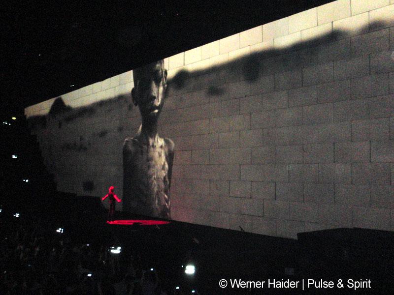 Roger Waters 2.4.2011 Mailand Mediolanum Forum