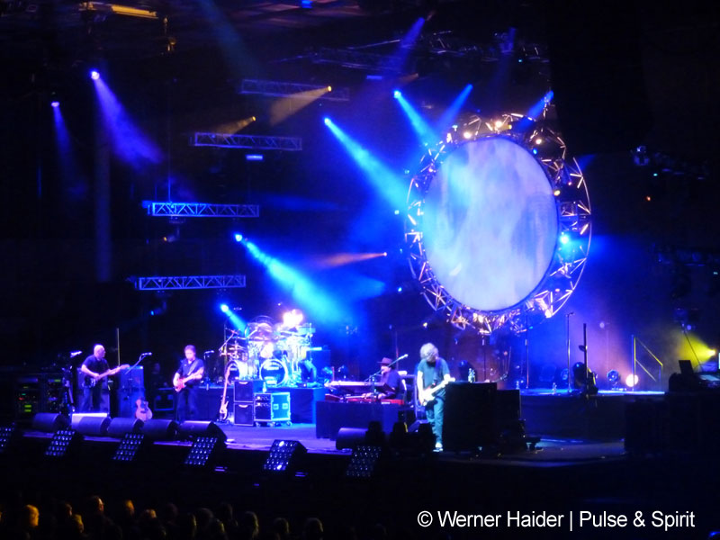 The Australian Pink Floyd Show 10.5.2014 Linz Arena