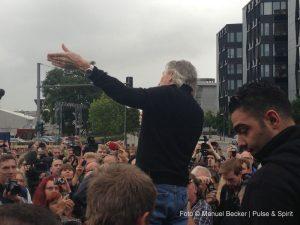 Roger Waters 3.9.2013 Berlin East Side Gallery