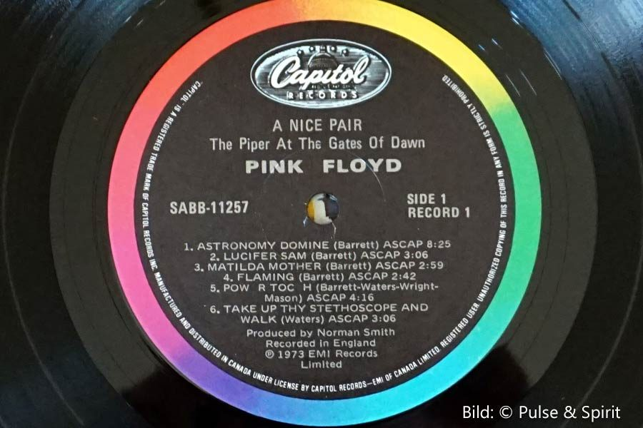 A Nice Pair, Label: Capitol Records, © Pink Floyd Music Ltd