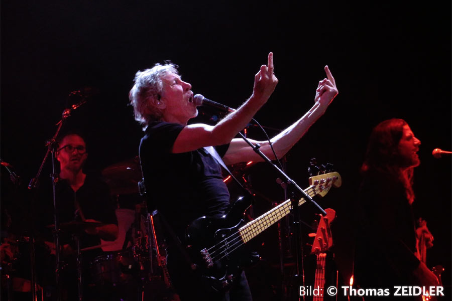 Roger Waters Setlist For Us And Them Tour