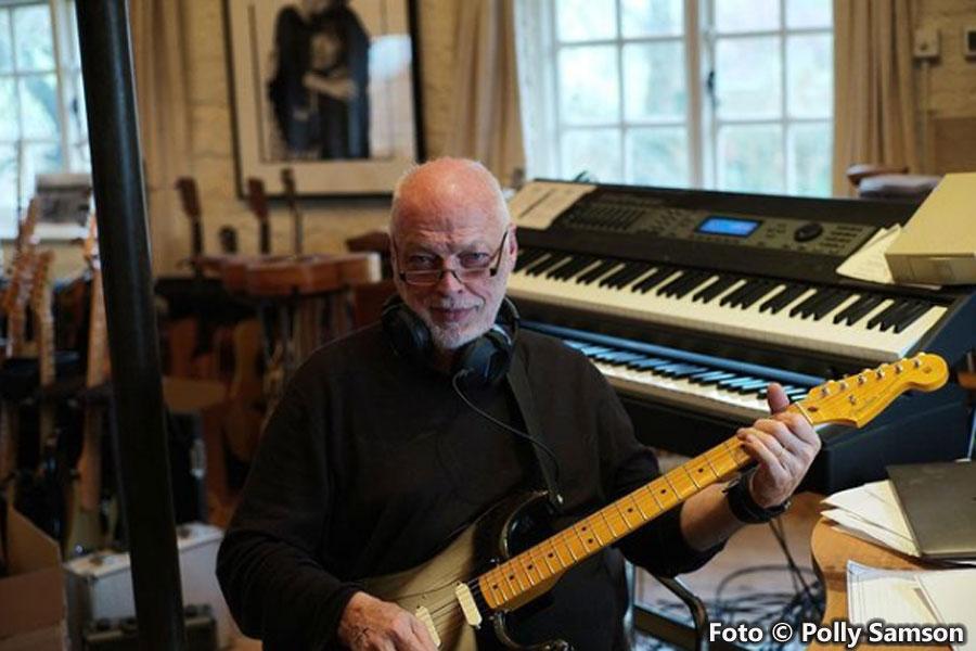David Gilmour o como hacer de la guitarra algo majestuoso - Página 2 DG-Home-Studio